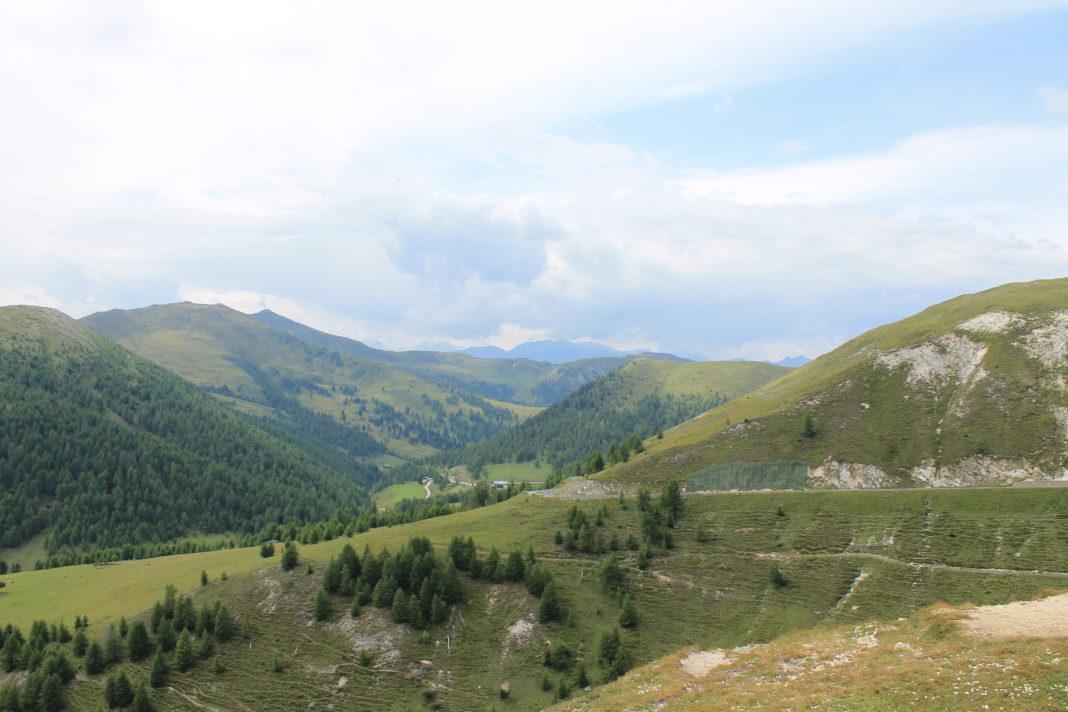 Uitzicht vanaf de Nockalmstrasse op 2024m