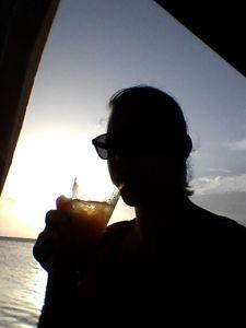 Drankje bij zonsondergang