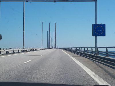 De grensovergang tussen Denemarken en Zweden ligt midden op de Sontbrug