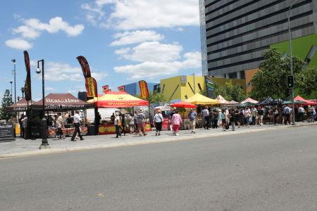 Markt op Reddacliff Place