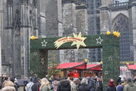 Weihnachtsmarkt bij de Dom