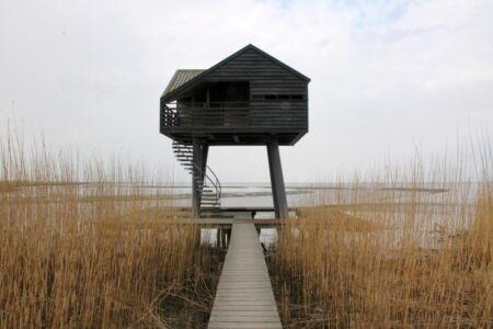 De enige buitendijkse vogelkijkhut in Nederland