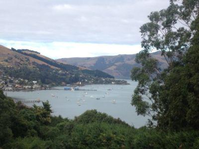 Uitzicht op de haven vanaf de camping