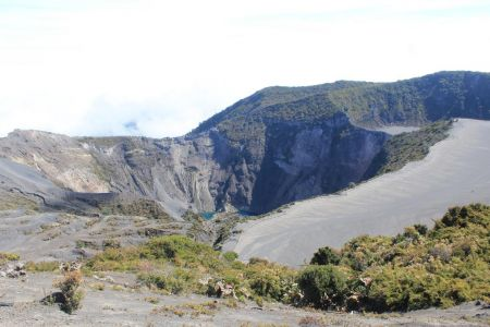 Uitzicht op de Diego de La Haya krater