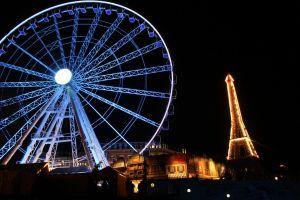 Reuzenrad + monument voor Parijs