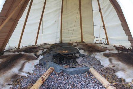 Een originele Sámi tent