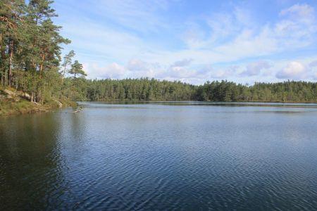 Het meer Trollkyrkesjön