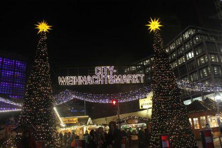 City-Weihnachtsmarkt bei der Gedächtniskirche