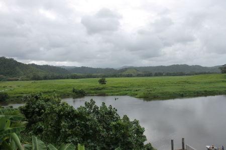 Uitzicht op de Daintree River vanuit onze accomodatie