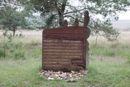 Monument ter nagedachtenis aan een neergestorte Britse bommenwerker