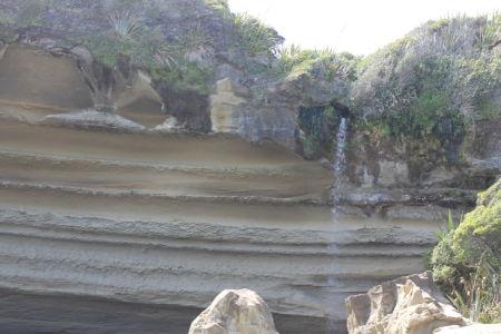 Waterval vanaf Limestone Rots op Truman Beach